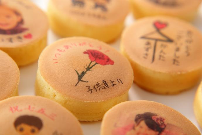 品質とクオリティの高さが自慢の浜松秋芳堂のプリント饅頭
